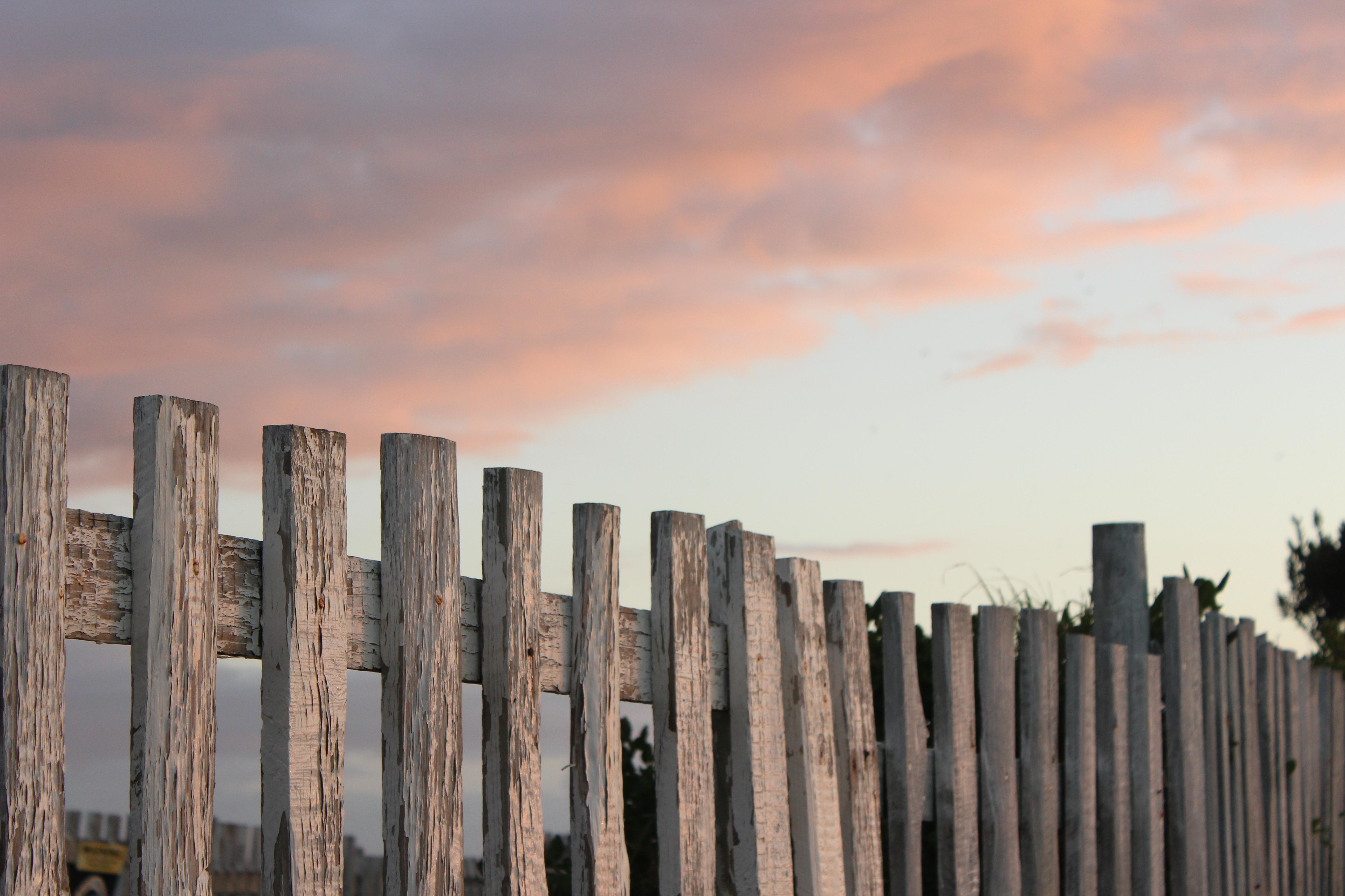 Cercas de madera related keywords cercas de madera long - Postes de madera ...